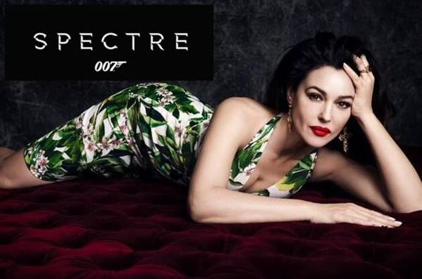 james-bond-girl-spectre-look-white-deep-neck-dress-green-print-monica bellucci