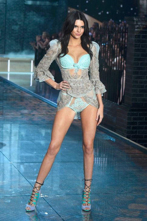 kendall-jenner-victorias-secret-fashion-show-blue-lingerie-runway-sexy-model-2015