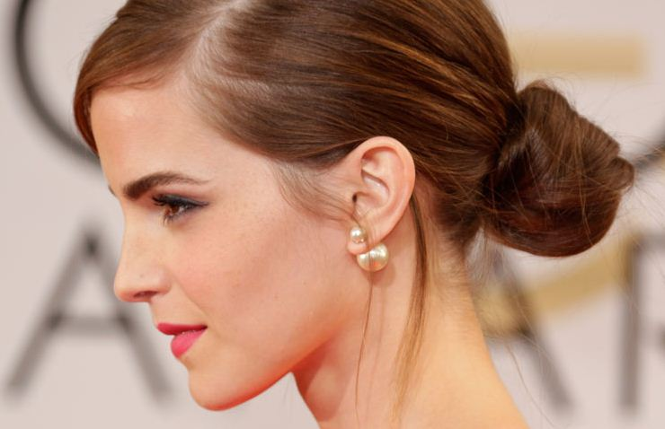Emma-Watson-Jewellry-pearls-dior