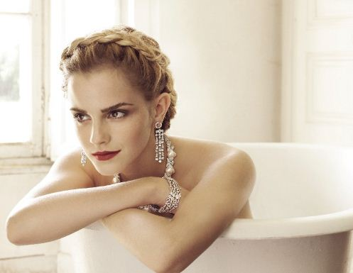 Emma-Watson-Jewellry-pearls