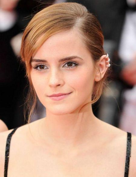 Emma-Watson-Jewellry-triple-earring