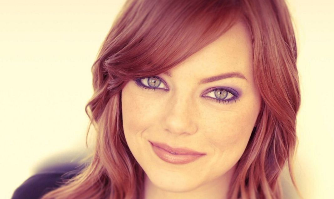burgundy-ombre-latest-hair-color-trends-winter-2016-spring-emma-stone