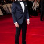 daniel-craig-tuxedo-oxford-full-cut-red-carpet-look-oscars-blue-tuxedo-bow-tie