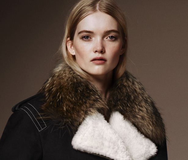 golden-chocolate-brown-latest-hair-color-trends-winter-2016-spring-burberry-prorsum-pre-fall-1