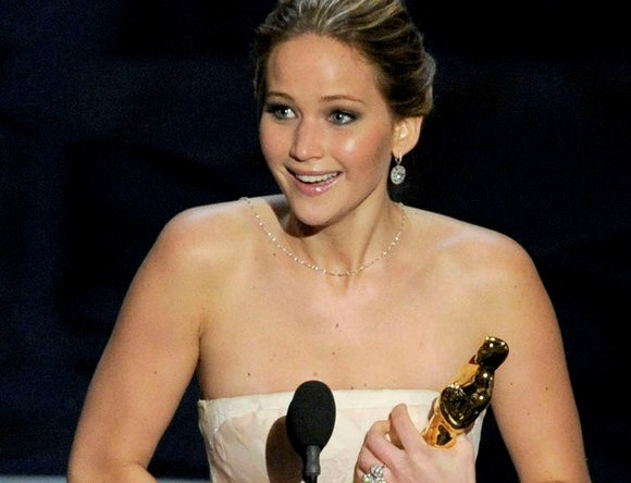 jennifer-lawrence-actress-hollywood-JLaw-pics-beautiful-jen-makeup-ideas-oscar-winning-look-silver-linings-playbook