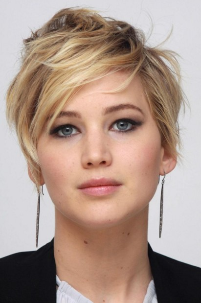 jennifer-lawrence-actress-hollywood-beauty-styles-pictures-hairstyles-beautiful-jen-fashion-haircut-cut-short-pixie