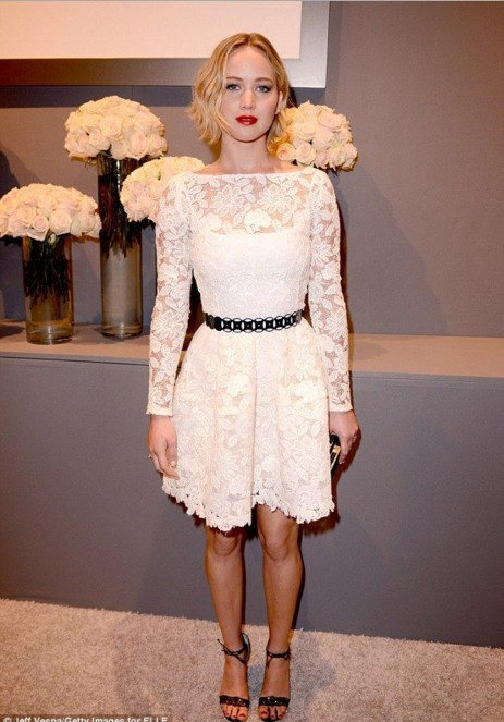 jennifer-lawrence-actress-hot-hollywood-pictures-fashion-casual-wear-street-style-clothing-white-dress