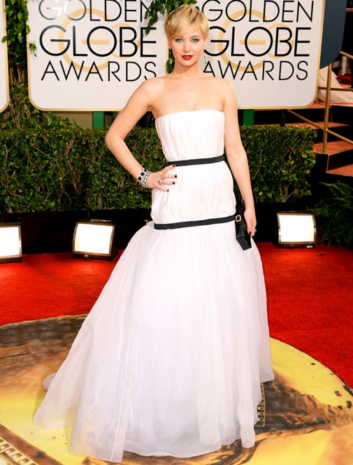 jennifer-lawrence-award-white-dress-outfit-hollywood-actress-american-hustle