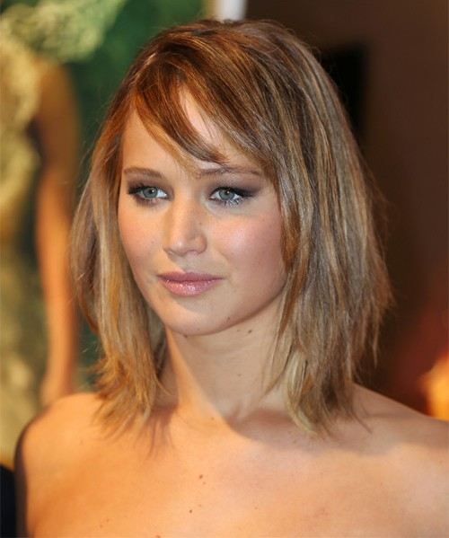 jennifer-lawrence-beauty-styles-pics-Jlaw-straight-bob-hairstyle-look