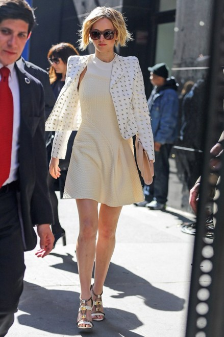jennifer-lawrence-hollywood-actress-outfit-casual-wear-public-appearance-street-style-white-jacket