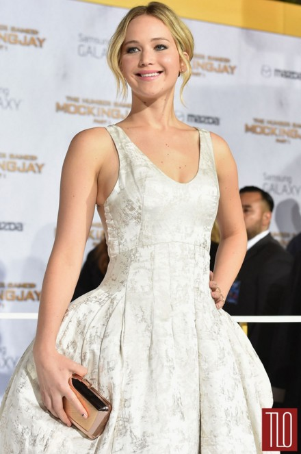 jennifer-lawrence-white-dres-gown-outfit-movie-premiere-hunger-games-JLaw-pics
