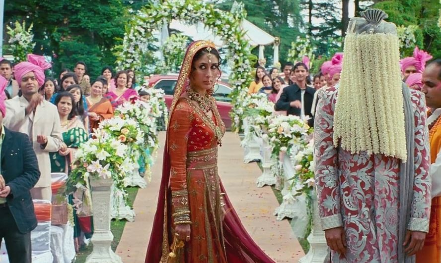 kareena-kapoor-bridal-look-hindu-bride-3-idiots-wedding-dress-beautiful-indian-bride-jewelry