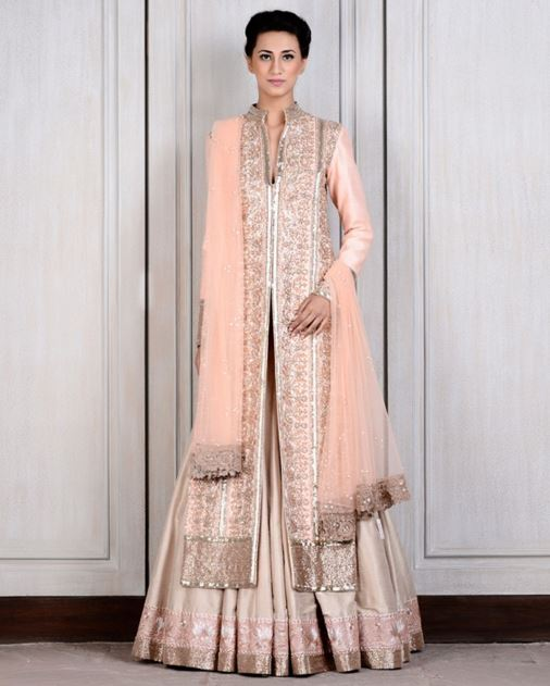 manish-malhotra-bridal-lehenga-indian-wedding-2015-2016-latest-raw-silk-peach-jacket-kashmiri-border