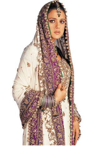 preity-zinta-bridal-look-punjabi-muslim-veer-zaara-wedding-dress-beautiful-indian-bride-white-purple