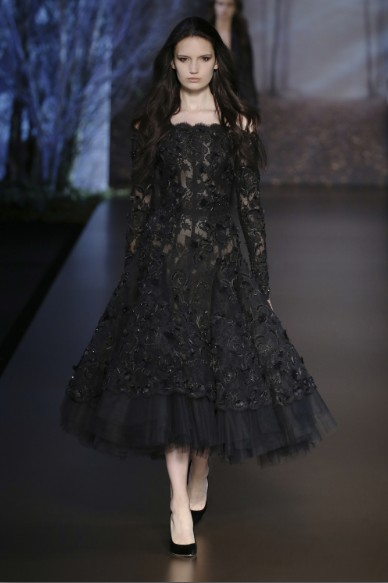 ralph-russo-aw-2015-2016-fall-winter-collection-review-black-lace-tea-length-frock