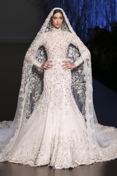 ralph-russo-aw-2015-2016-fall-winter-collection-review-bridal-white-sequin-mermaid-gown-dress