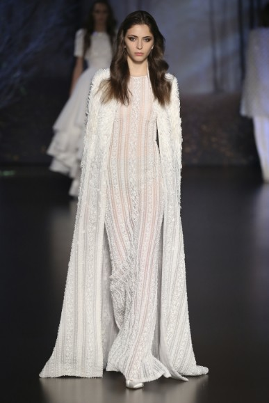 ralph-russo-aw-2015-2016-fall-winter-collection-review-overcoat-fur-white-peach-sequin