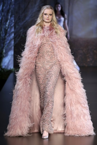 ralph-russo-aw-2015-2016-fall-winter-collection-review-sequin-detailing-dress-fur-overcoat