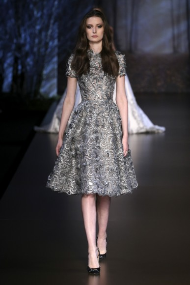 ralph-russo-aw-2015-2016-fall-winter-collection-review-silver-sequin-tea-length-frock-dress
