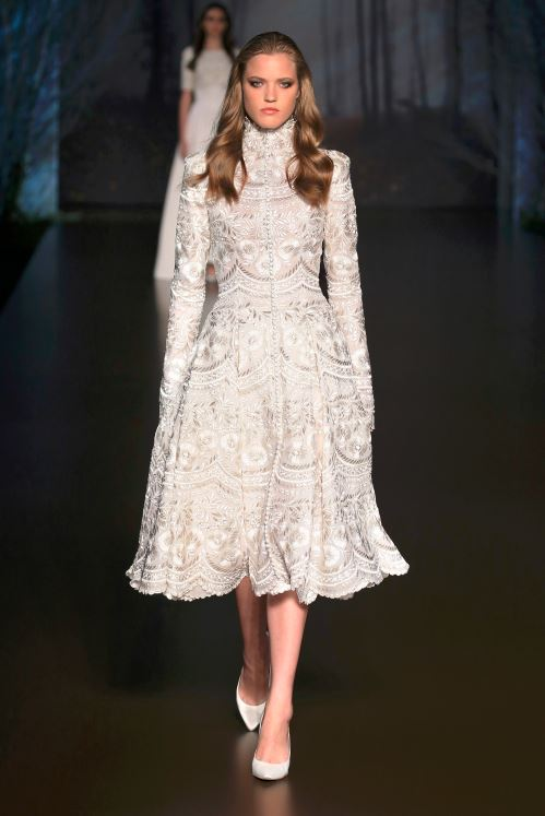 ralph-russo-aw-2015-2016-fall-winter-collection-review-white-dress-lace