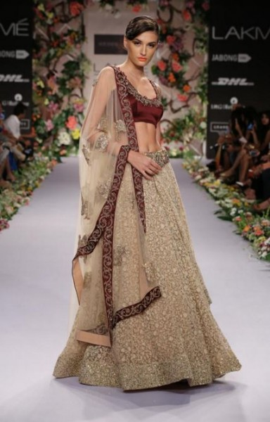 shyamal-bhumika-designer-indian-wedding-lehenga-dress-wine-gold-embroidery-latest-trend