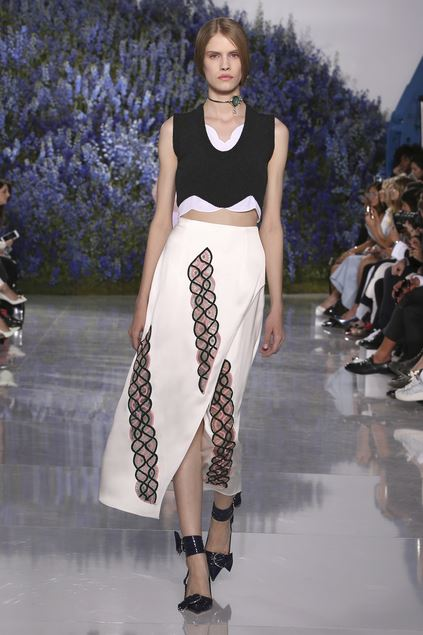 28-dior-spring-summer-2016-look-white-skirt-midi-asymmetric-ankle-strap-shoes-pointy-toe-pumps