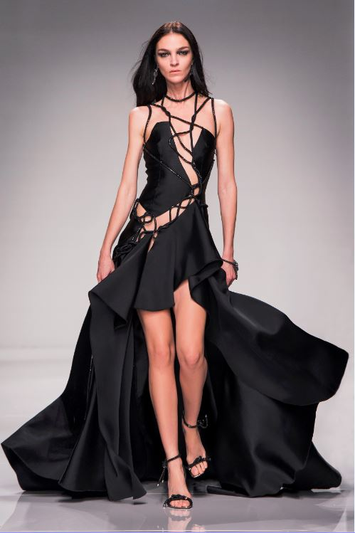 44-atelier-versace-ss-2016-couture-fashion-show-black-dress-gown-asymmetric-string-cut-out-party