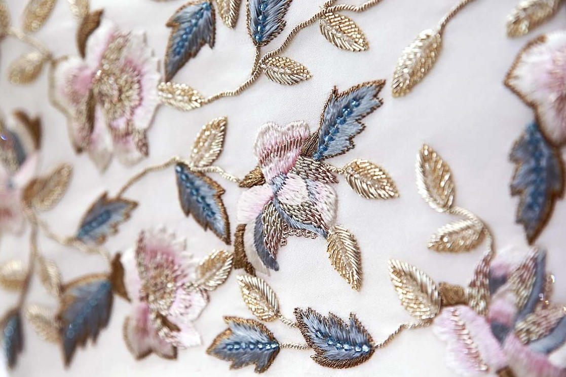 Ralph-&-Russo-SS16-couture-making-craftsmanship-behind-the-scenes-embroidery