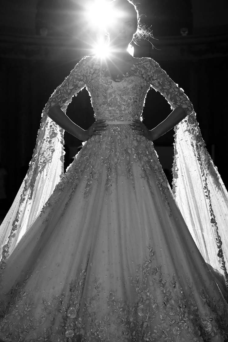 Ralph-&-Russo-SS16-couture-making-craftsmanship-bridal-gown