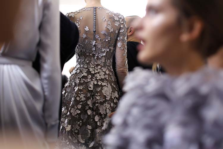 Ralph-&-Russo-SS16-couture-models-fitting