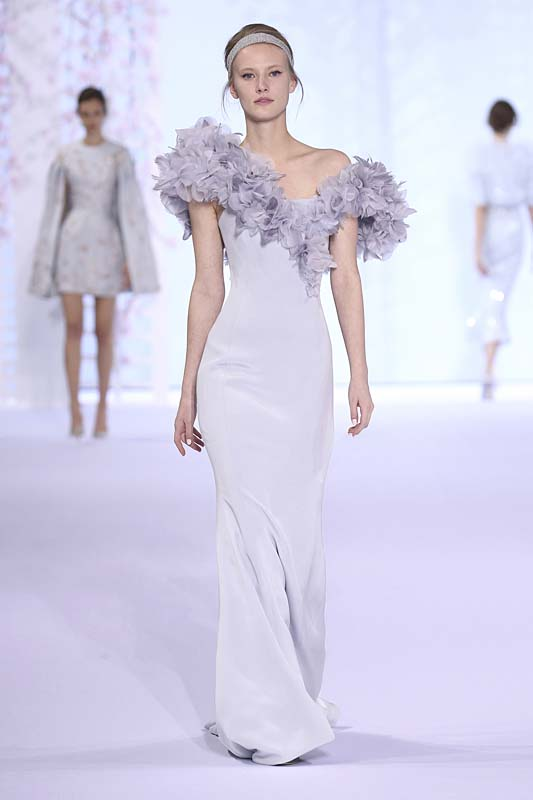 Ralph & Russo : Runway - Paris Fashion Week : Haute-Couture Fall/Winter 2014-2015