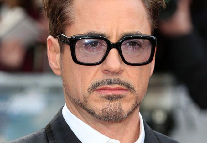 Robert-Downey-jr-hollywood-beard-latest-mens-hairstyle-2016-hair-cut-beard-trends-top