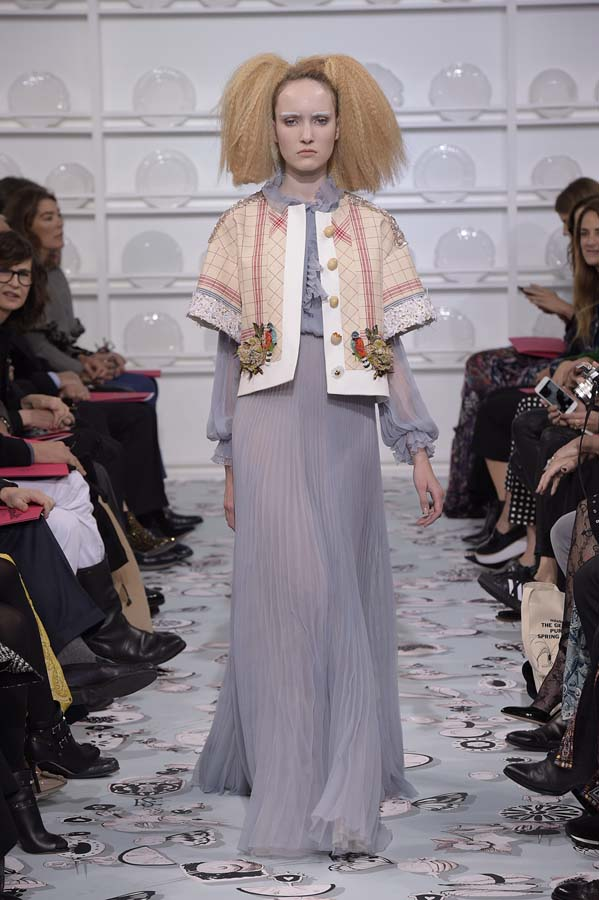 Schiaparelli-spring-summer-2016-couture-fashion-show-paris-week-12-grey-hairstyle-maxi-dress