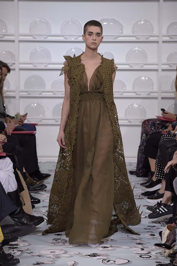 Schiaparelli-spring-summer-2016-couture-fashion-show-paris-week-25-brown-dress-outfit