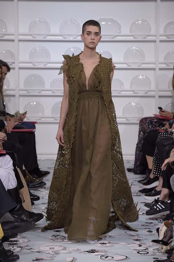 Schiaparelli-spring-summer-2016-couture-fashion-show-paris-week-25-brown-dress-outfit