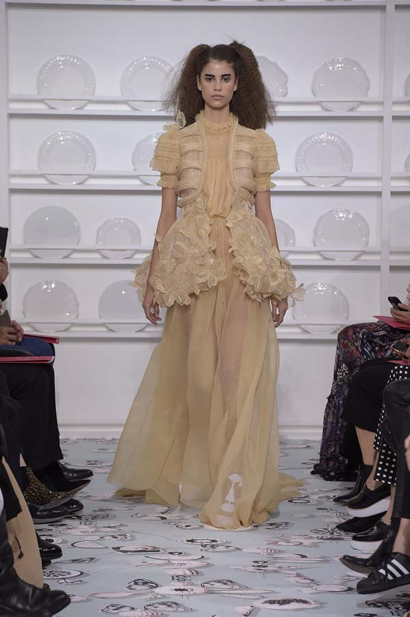 Schiaparelli-spring-summer-2016-couture-fashion-show-paris-week-26-brown-dress-outfit