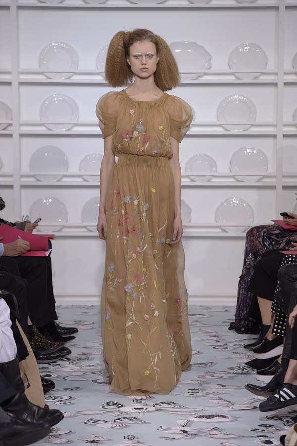 Schiaparelli-spring-summer-2016-couture-fashion-show-paris-week-27-brown-maxi-dress