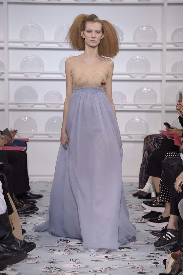 Schiaparelli-spring-summer-2016-couture-fashion-show-paris-week-36-blue-dress-nude-top
