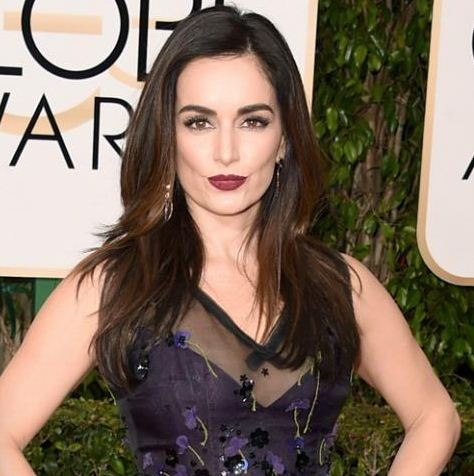 ana-de-la-reguera-hair-golden-globe-2016-long-party-back-hairstyle-straight
