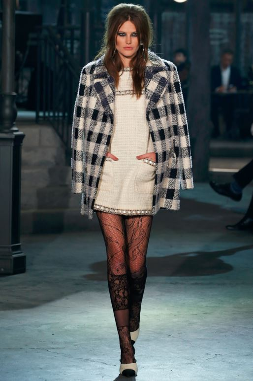 best-top-pre-fall-2016-looks-dresses-chanel-tweed-white-dress-lace-tights