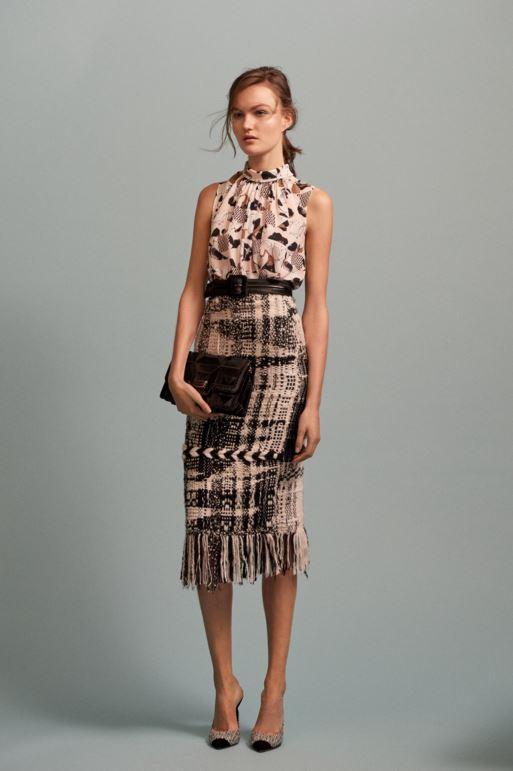 best-top-pre-fall-2016-looks-dresses-oscar-de-la-renta-tweed-fringe-skirt