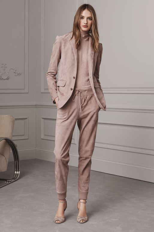 best-top-pre-fall-2016-looks-dresses-ralph-lauren-mocha-athleisure-track-pants-with-blazer
