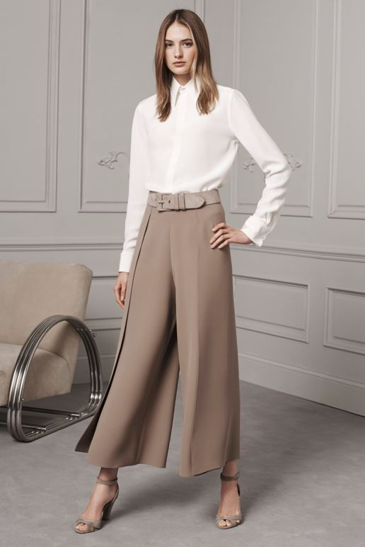 best-top-pre-fall-2016-looks-dresses-ralph-lauren-mocha-cropped-flared-pants-white