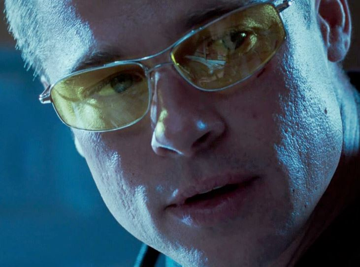 brad-pitt-mr-and-mrs-smith-yellow-aviator-sunglasses-movie-most-iconic-hollywood-actor