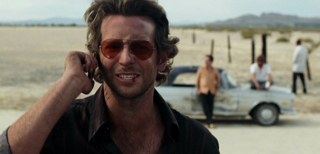 bradley-cooper-hangover-movie-red-aviators-sunglasses-top-best-Hollywood-actor-mens
