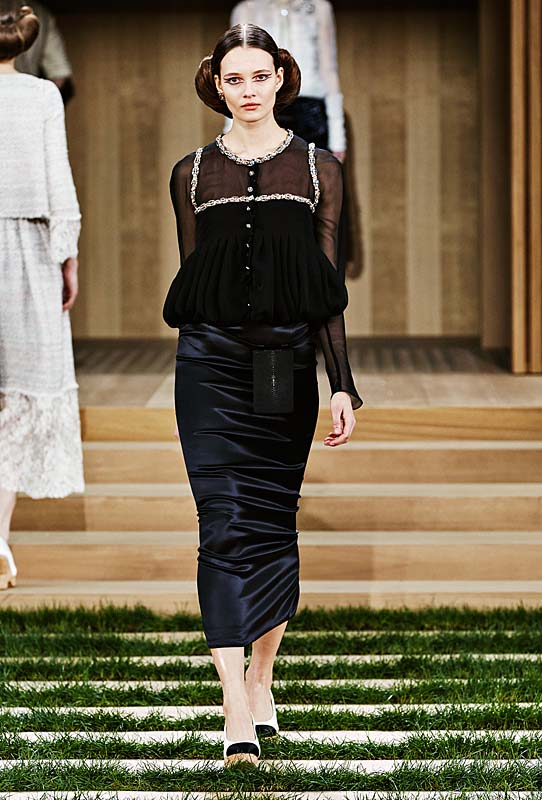 chanel-spring-summer-2016-couture-outfit-25-nacy-silk-skirt-black-sheer-top
