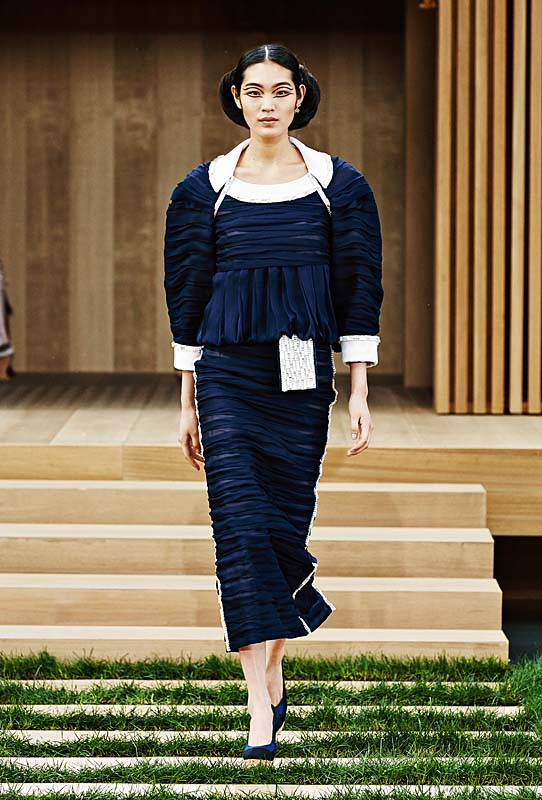 chanel-spring-summer-2016-couture-outfit-31-vintage-style-dress