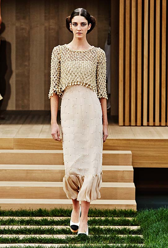 chanel-spring-summer-2016-couture-outfit-35-brown-jacket-dress