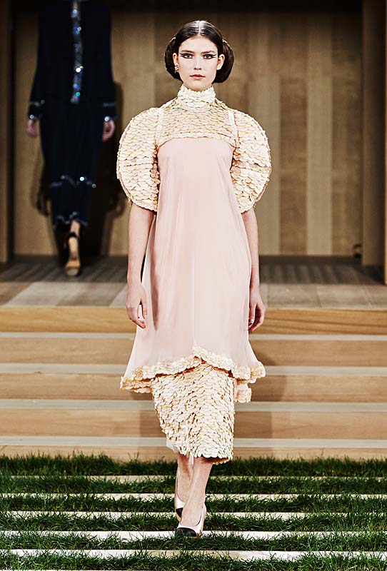 chanel-spring-summer-2016-couture-outfit-41-dress