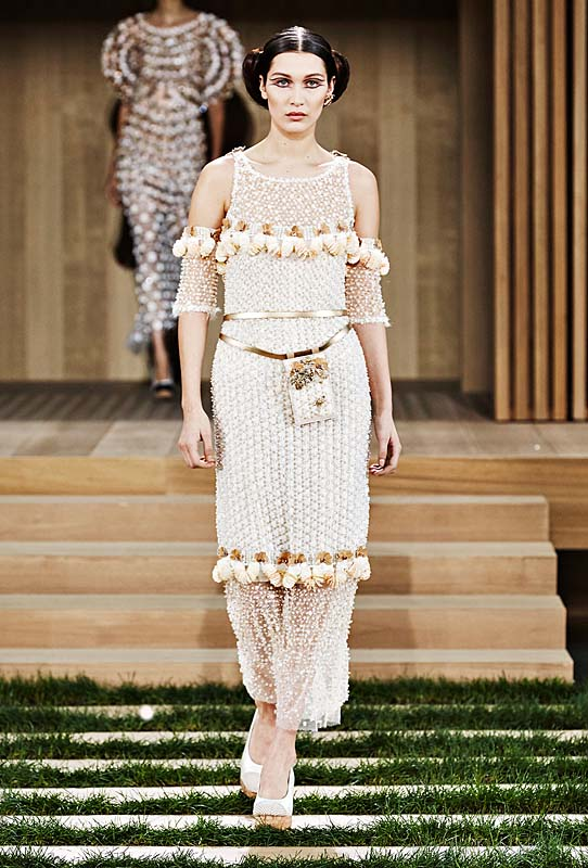 chanel-spring-summer-2016-couture-outfit-66-dress